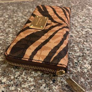 Michael Kors continental zip Jet Set tiger wallet